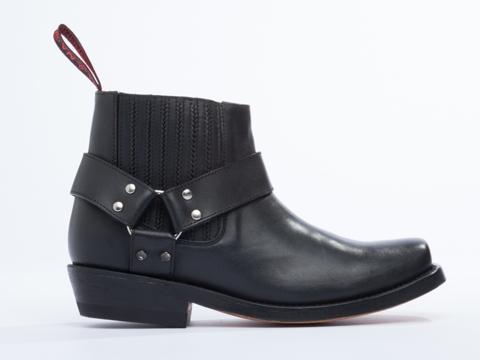 NaNa X Solestruck In Black Leather Pinky