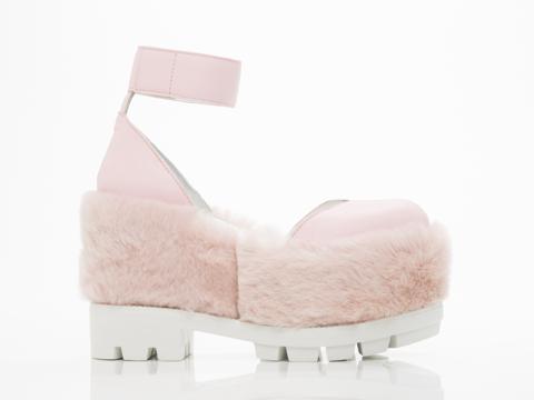 Oz In Pink Yeti Shino