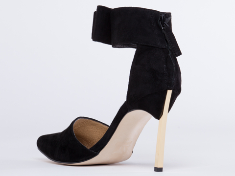 Senso In Black Kid Suede Olympia