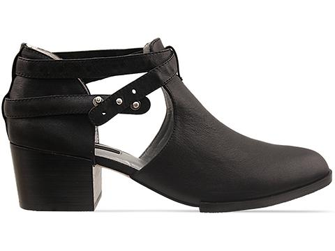 Senso In Black Calf Qimat