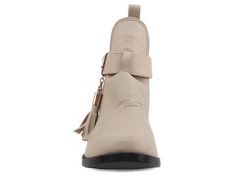 Shakuhachi In Beige Cutout Tassel Boot