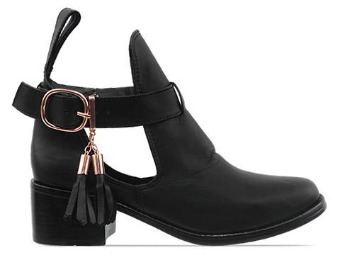Shakuhachi In Black Cutout Tassel Boot