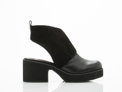 Shellys London In Black Michellton