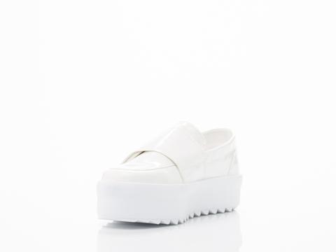 Shellys London In White Umireri