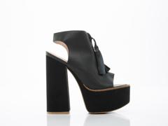 Shellys London In Black Leather Zap