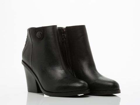 Surface To Air In Black La Paz Boots