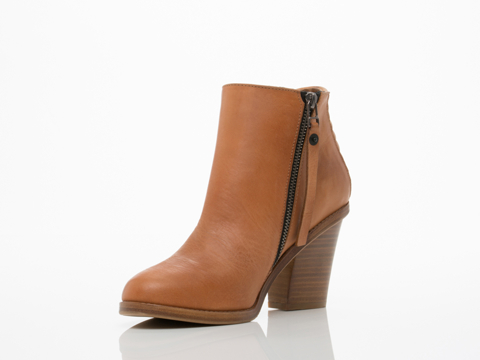 Surface To Air In Tan La Paz Boots