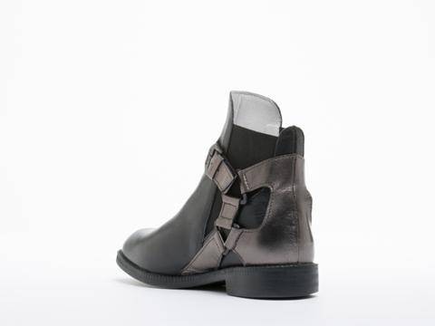 Swear In Black Leather Metallic Vienetta 16