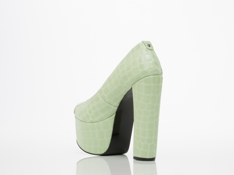 Takeout In Light Green Croc Perry