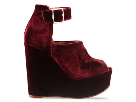 To Be Announced In Burgundy Velvet 5ONTHEDOT