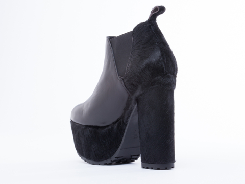 To Be Announced In Black Leather Black Pony Comet