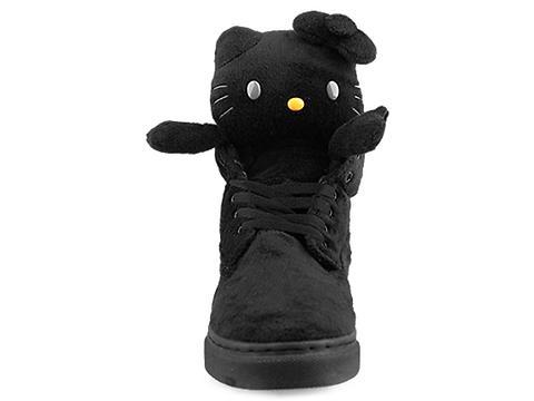 UBIQ In Black Fatima Kitty