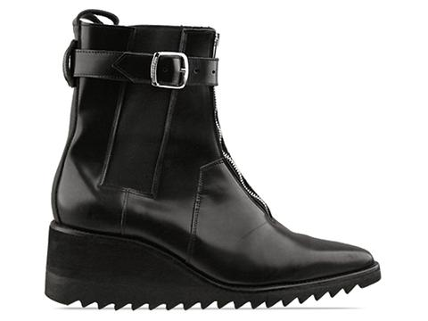 Underground In Black Izzue Ripple Sole Boot