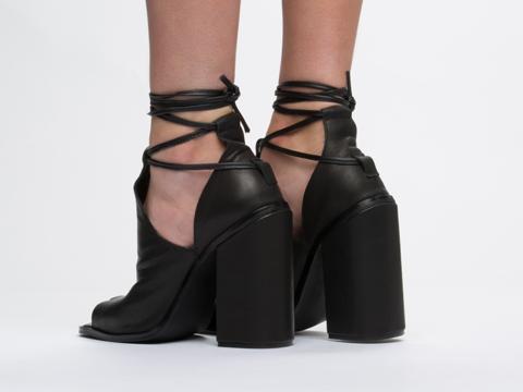 UNIF In Black 94 Heel