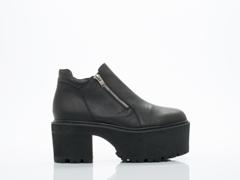 UNIF In Black Lenny Boot