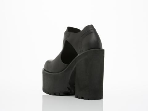 UNIF In Black Slacker Shoe