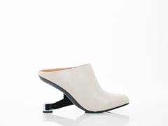 United Nude In Off White Eamz Mule