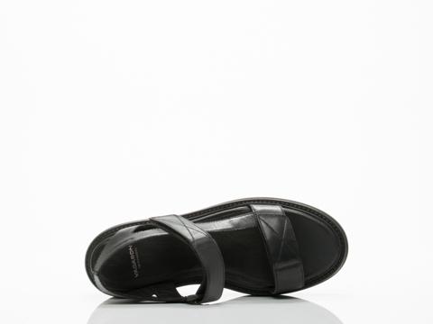 Vagabond In Black Alexis 001