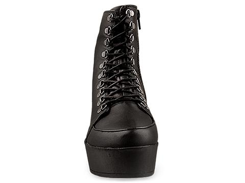 Vagabond In Black Leather Berlin Lace Up Boot