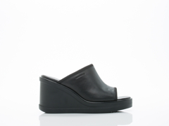 Vagabond In Black Lorene 4148 201