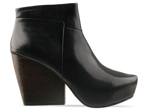 Vagabond In Black Leather Vera Short Boot