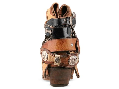 Vintage In Buckles On Camel LUXURY JONES 23 Buckles on Camel Size 9