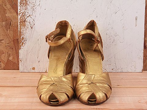 Vintage In Gold No. 10 Gold 1970s Disco Wedge Size 5.5