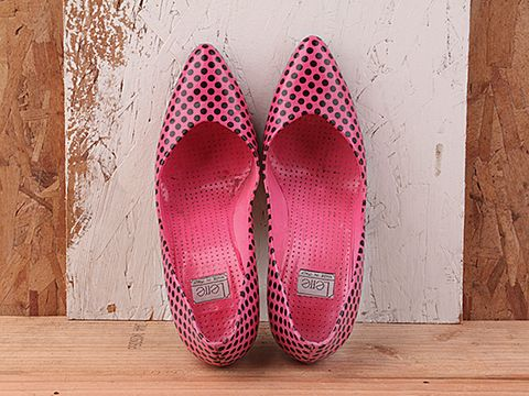 Vintage In Hot Pink And Black No. 143 Hot Pink and Black Polka Dot Pump Size 7.5