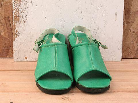 Vintage In Green No. 256 Green Slingback Peeptoe Wedge Sandal Size 9.5