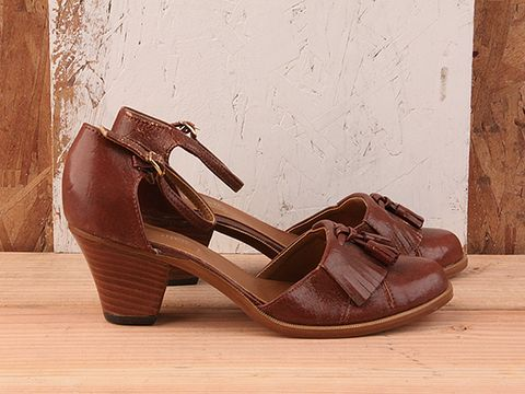 Vintage In Brown No. 26 Round Toe Heel With Tassel Size 8.5
