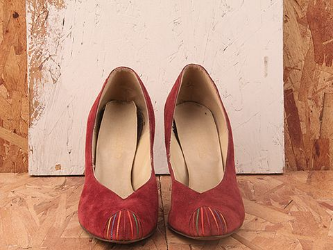 Vintage In Burgandy No. 288 Burgundy Suede Pump with Multi Colored Toe Detail Size 8.5