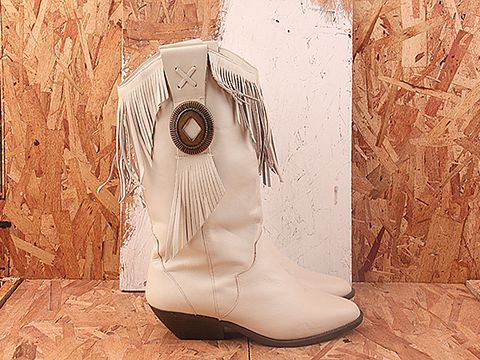 Vintage In Ivory No. 327 Ivory Western Boot with Fringe Size 7