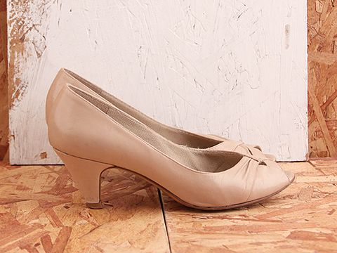 Vintage In Nude No. 419 NudeLow Heeled Pump Size 5.5