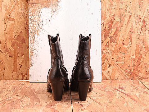 Vintage In Black No. 442 Black Western Style Ankle Boot Size 10
