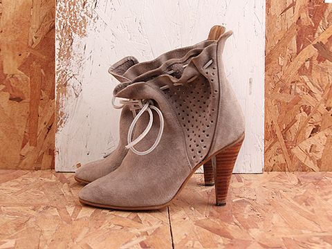 Vintage In Taupe No. 478 Taupe Pig Skin Bootie Size 6