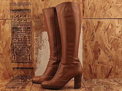 Vintage In Caramel No. 487 Caramel Stacked Heel Boot Size 7