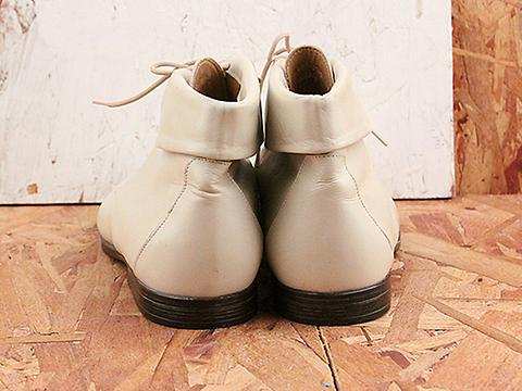 Vintage In Daisy No. 571 Cream Lace Up Ankle Boot Size 7