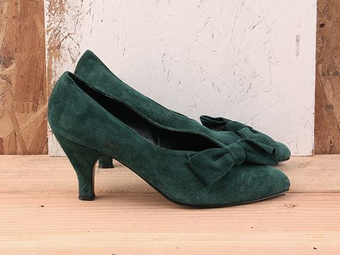 Vintage In Green No. 70 Green Suede Pumps With Bow Size 7