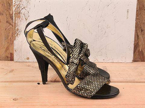 Vintage In Black Gold No. 99 Black and Gold Glitter Sandal Size 6