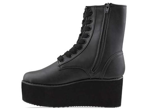 Y.R.U. In Black Bloq
