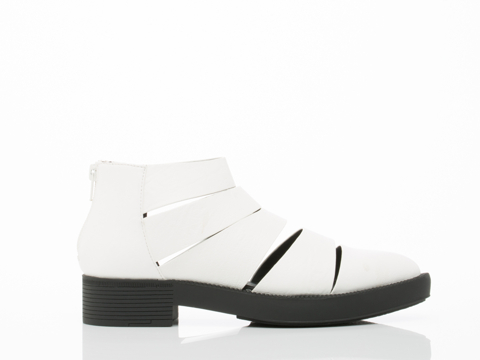 Y.R.U. In White Katana