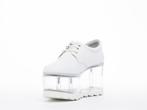 Y.R.U. In White Qloud 2091