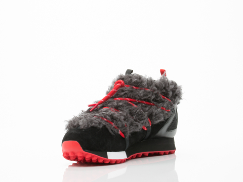 Y3 In Black Black Scarlet Snow Run Mens