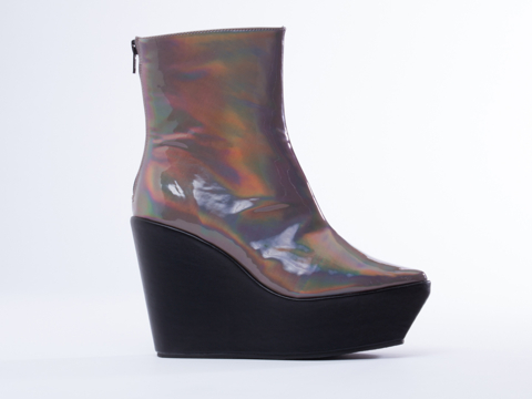 YES In Pewter Metallic Sequon