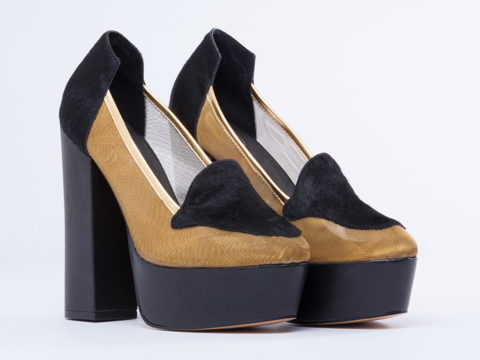 YES In Black Pony Gold Mesh Time Travel