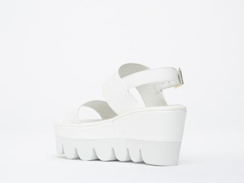 YES In White White Werque