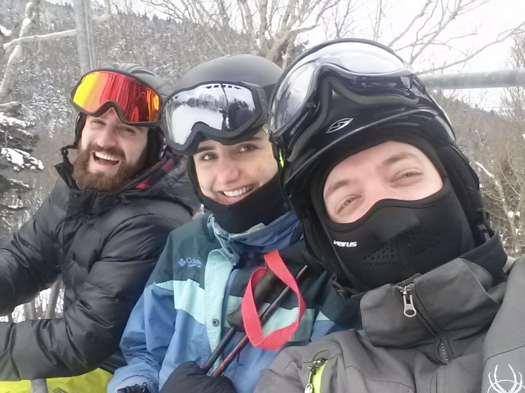 Shredding snow with the Quanttus family @chrishewins @matiakostakis
