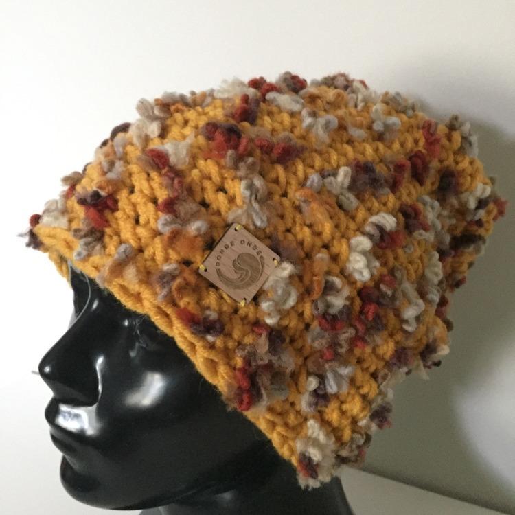 Musztardowa boho czapka