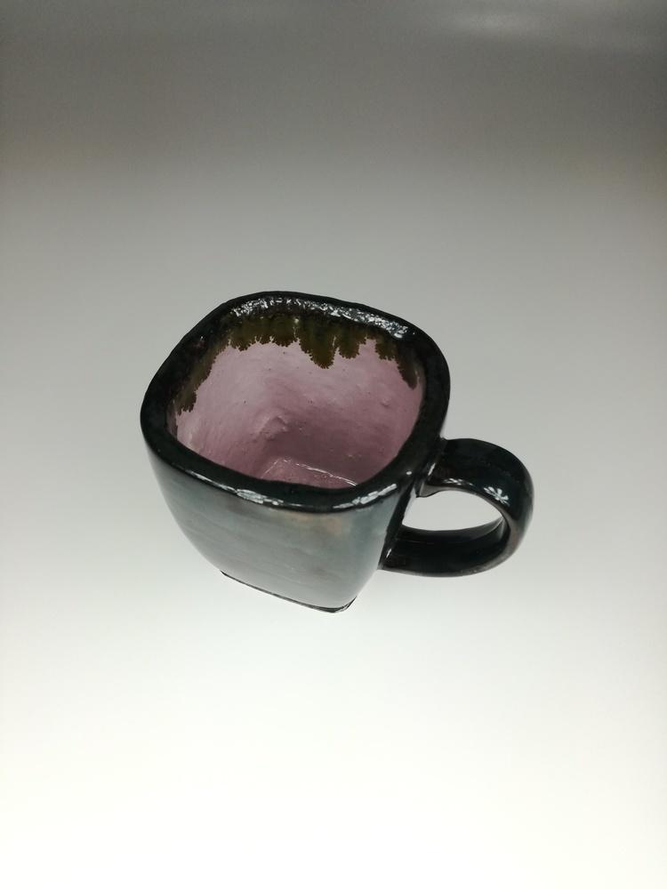 Kubek ceramiczny z różowym wnętrzem by Lady Kate