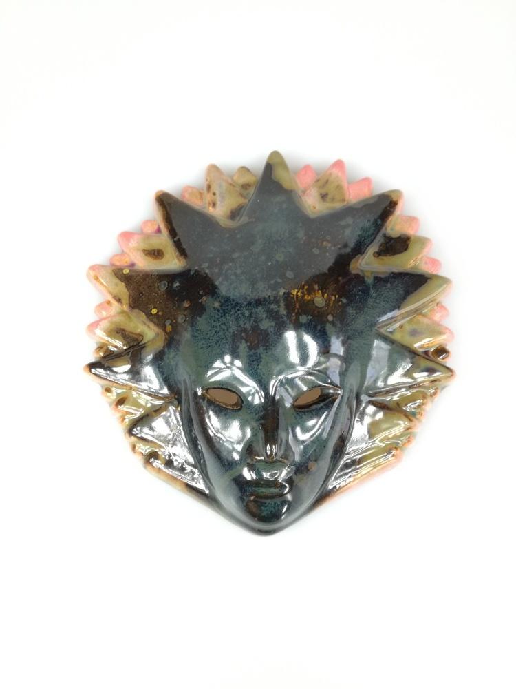 Ceramiczna maska